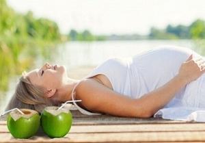 phá thai bằng nước dừa