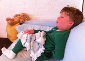 đau tinh hoàn ở trẻ em do đâu